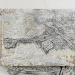 「聯/断 triage L7」油絵、アクリル、サンカラー、binder、ペン、綿、木製パネル 80.3×100cm 2017